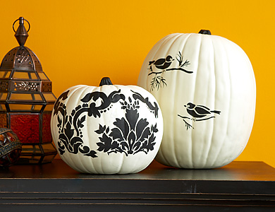 Black-and-white-pumpkin